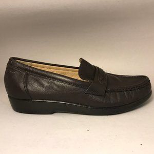 SAS Loafers Brown LeatherSlip on Size 7 1/2 Womens